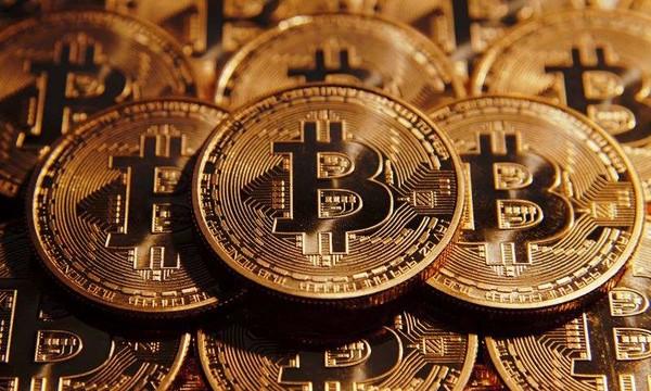 比特币创单月最大跌幅跌30% 韩国政府:不会禁止数字货币交易