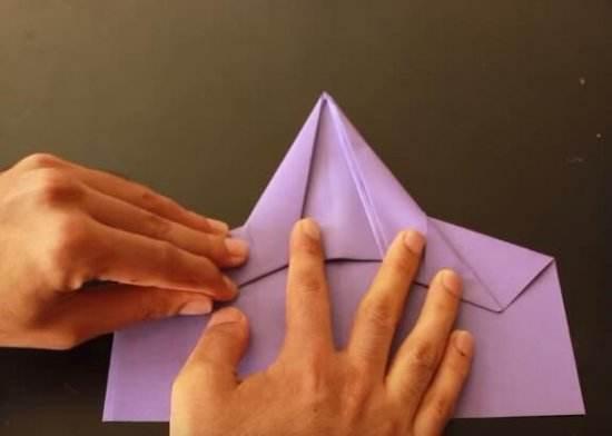扔纸飞机前为什么先哈口气?